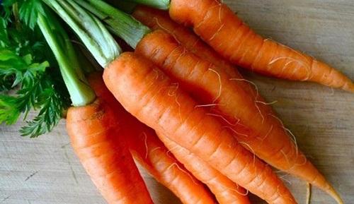 giá cà rốt hiện nay bao nhiêu tiền 1kg