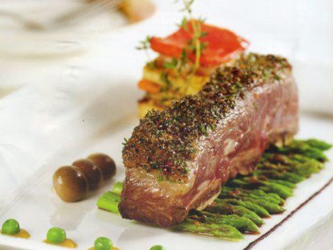 Cách làm món sườn bò nướng xốt rượu vang đỏ hấp dẫn chuẩn màu