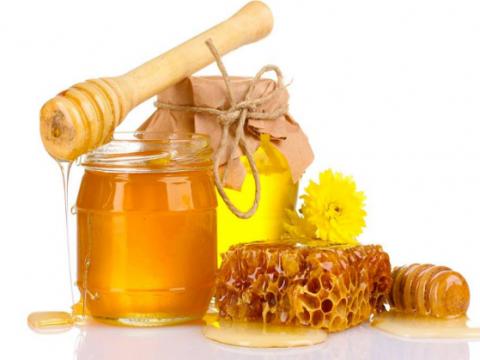 Hướng dẫn cách pha Bột Tam Thất với mật ong với 2 bước