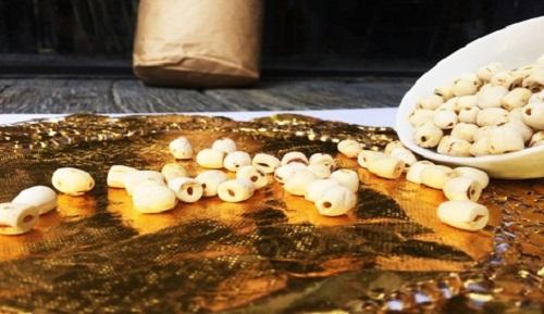 cách ngâm hạt sen khô