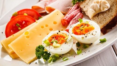Giảm cân bằng trứng gà luộc thơm đầy đủ dinh dưỡng